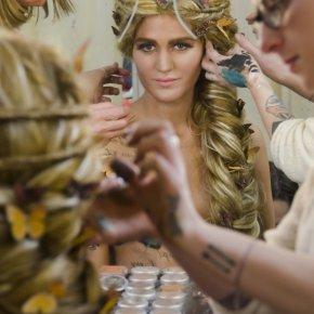 Titania Fairy Queen wig application